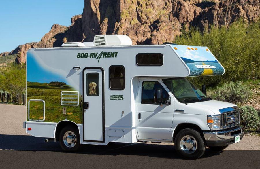 C19 Compact Campervan (3 lugares para dormir)
