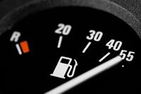 Noleggio auto: Serbatoio pieno o vuoto?