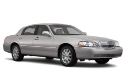 Location de voitures SUDBURY  Lincoln Town Car
