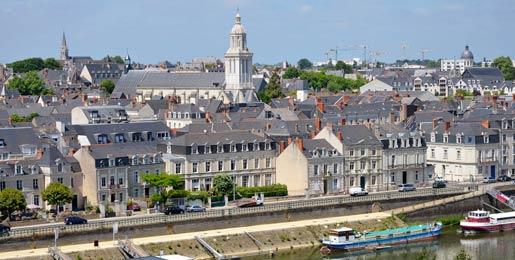 Hyrbil i Angers