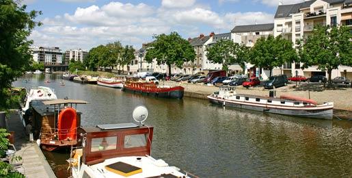 Auto huren in Nantes