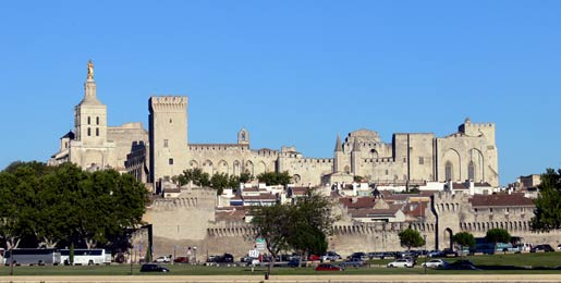 Car hire Avignon Airport
