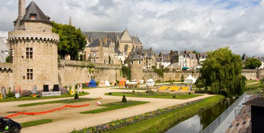 Car hire in Vannes