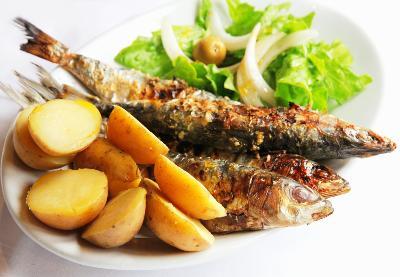 Grillade fiskrätter på roadtrip i Lissabon
