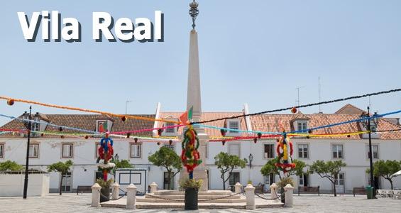 Torget Santo Antonio i Vila Real udsmykket for en festival