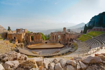 Kiertomatka Sisilia kreikkalainen teatteri
